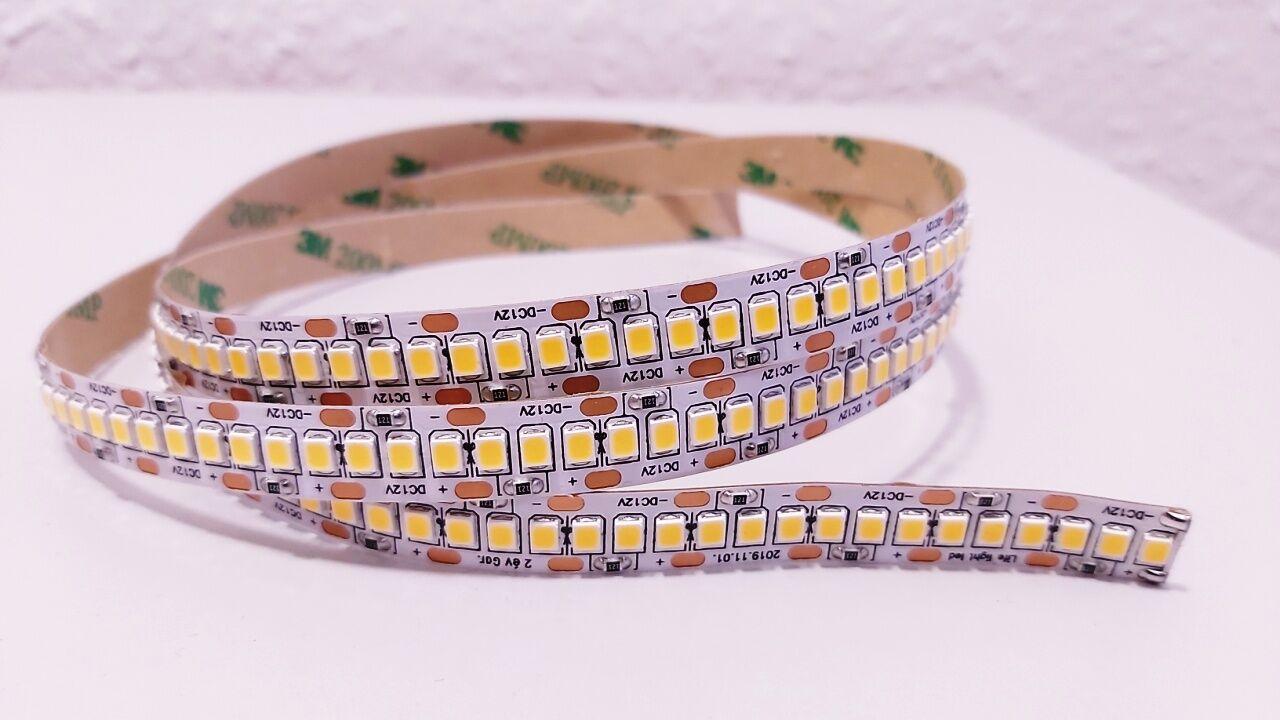 240 LED/m LED szalag vágható 3 LED-enként