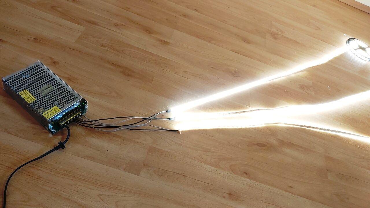 LED szalagok ipari tápegységről