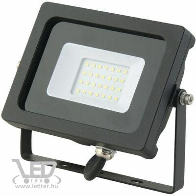 Melegfehér-3000K 20W=150W 1580 lumen Normál LED reflektor