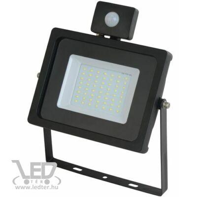 Középfehér-4000K 50W=300W 4400 lumen Mozgásérzékelős LED reflektor