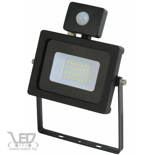 Mozgásérzékelős LED reflektor melegfehér 20W 1580 lumen