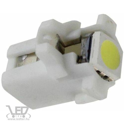 B8.3 hidegfehér 0,4W 15 lumen műszerfal világító autós LED